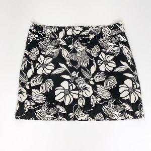 WHBM Black & White Flower Print Stretch Mini Skirt